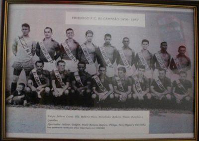 FRIBURGO F.C 1956 E 57