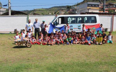 NFFC e Olympia Circus promovem entrega de donativos para o Laje Ação social  contou com a 8413cf9aa2779