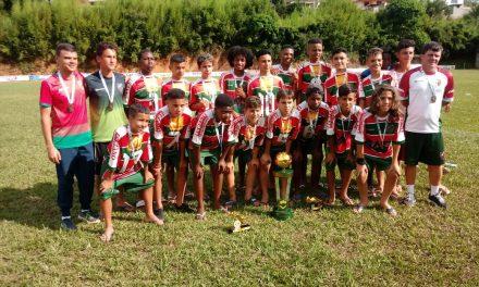 <h1>Campeão invicto </h1> <h>Nova Friburgo conquista Copa Duas Barras na categoria Mirim e chega nas quartas de final pelo Infantil</h>