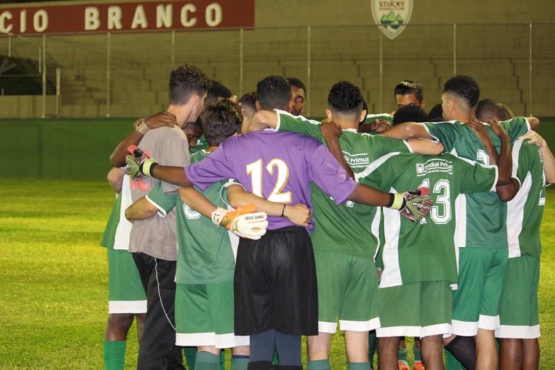 <h1>Juniores empatam pela semifinal do Municipal Sub 20 </h1> <h>Com determinação e garra equipe do Nova Friburgo tentam resultados positivos</h>