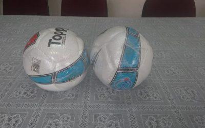 Nova Friburgo recebe doação da Federação de Futebol  Bolas oficiais serão usadas para as atividades no Centro de Treinamento, em Conselheiro Paulino