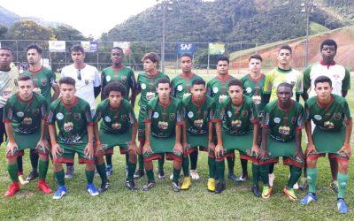 É CAMPEÃO  Nova Friburgo supera adversário e conquista o Campeonato Municipal Sub 17