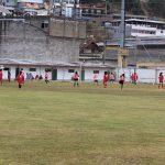 Atletas do futebol feminino fazem amistoso em Cachoeiras de Macacu