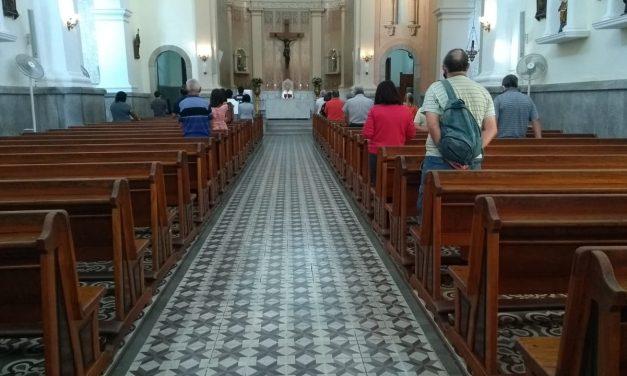 <h1>Brandão: Lembranças e emoção marcam missa de sétimo dia </h1> <h>Celebração eucarística aconteceu na Catedral de São João Batista, no Centro</h>
